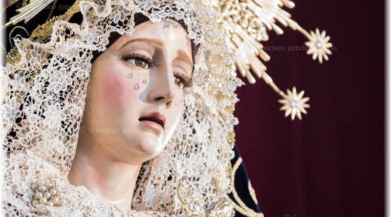 Mª. Stma. de la Concepción ataviada para la festividad de la Exaltación de la Cruz