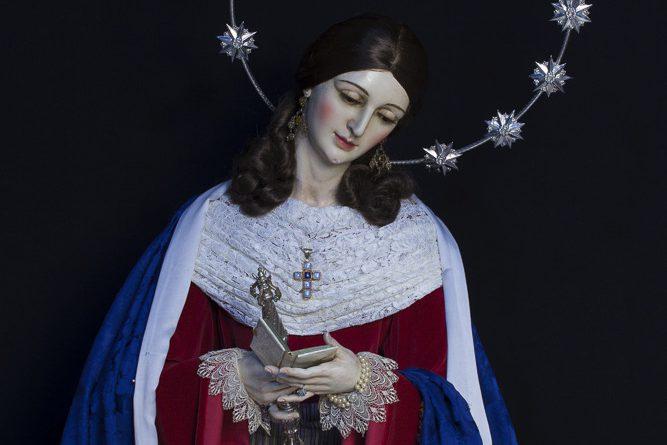 Nuestra Señora de las Viñas vestida de hebrea para el Adviento de 2020